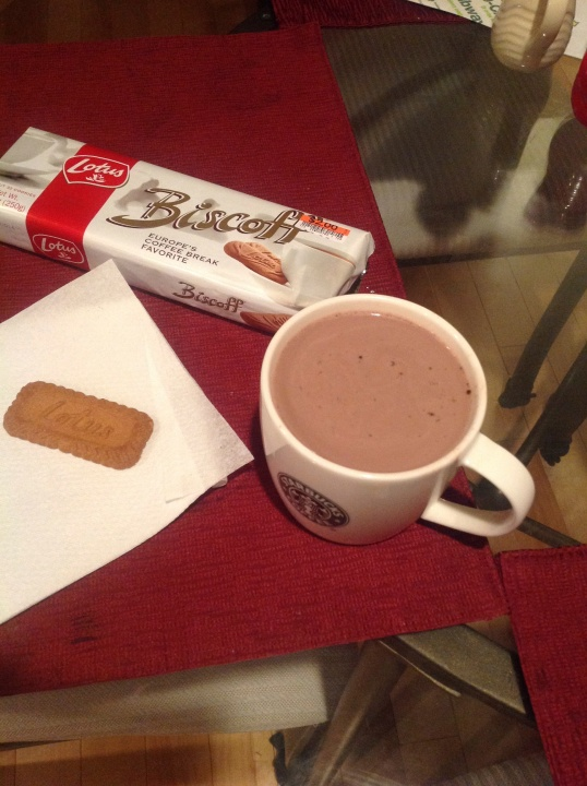 hot chocolate and biscoff