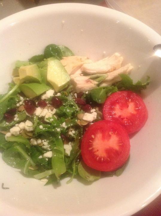 salad:chicken,avocado,cranberry,pumpkin seeds,feta cheese