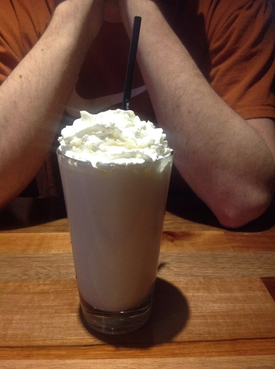 RAMS vanilla milkshake (i didn't like this, i will not order this again)
