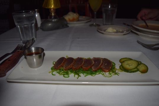 seared spicy ahí tuna