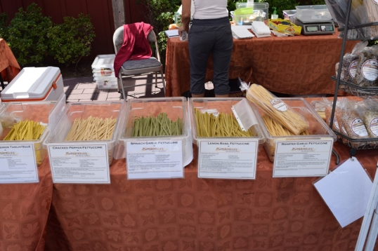 different kinds of pappardelle pasta! I end up buying the garlic chive kind!