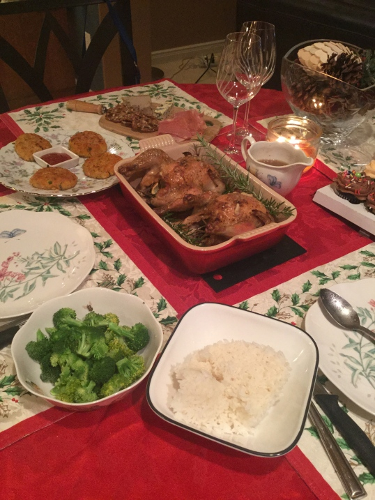 simple NYE dinner! we had meat and pate,crabcakes(it wasn't very good),roast cornish game hens,broccoli,cupcakes)