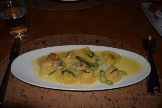 Lobster Ravioli (looks good but this was so BLAND)
