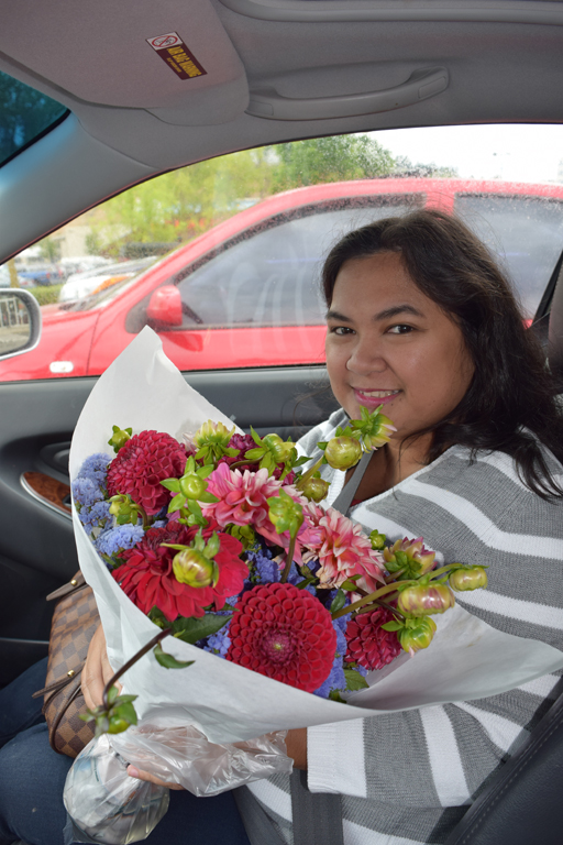 Got flowers for our friend Lena!